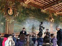 Visite de la galerie des Cerfs. Copyright ACF