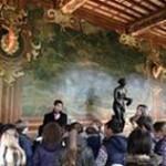 Rencontre pédagogique dans la galerie-des-cerfs. Copyright ACF